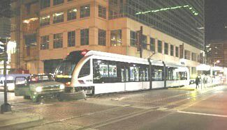 hou-lrt-collision%20flatbad%20truck%20ran%20red%20light-20040215-br_m-de-vaughn_hc.jpg
